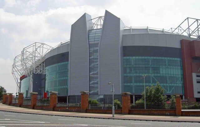 Old_Trafford_MUFC_ground_-_geograph.org.uk_-_898208